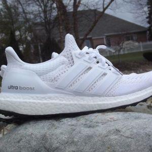 "Adidas Ultra Boost 4.0 ""Triple White"" Unisex"
